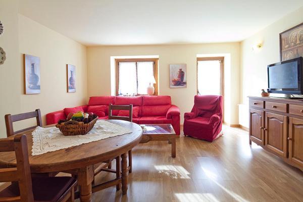 Hotel Pictures: Apartamentos Arties Remei, Arties