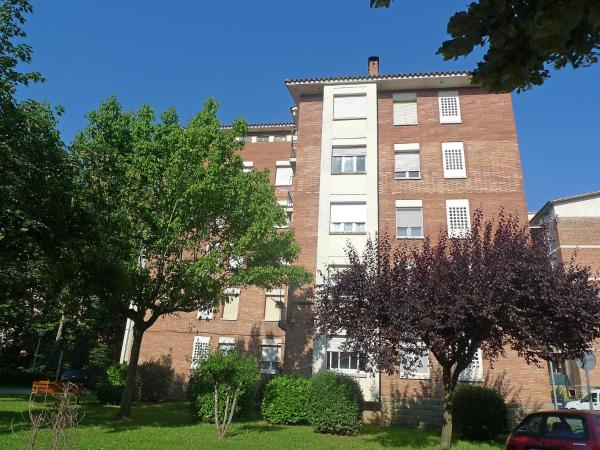 Hotel Pictures: Apartment Olot, Olot