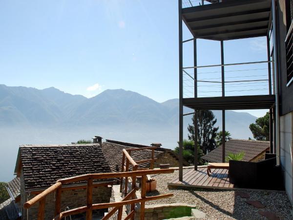 Hotel Pictures: Villa Loft - Villa, Brione sopra Minusio