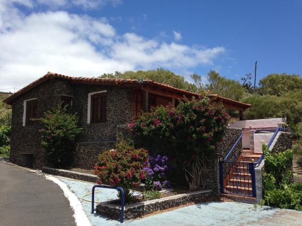 Hotel Pictures: Farm Stay Landhaus Birgit 3, Santiago del Teide