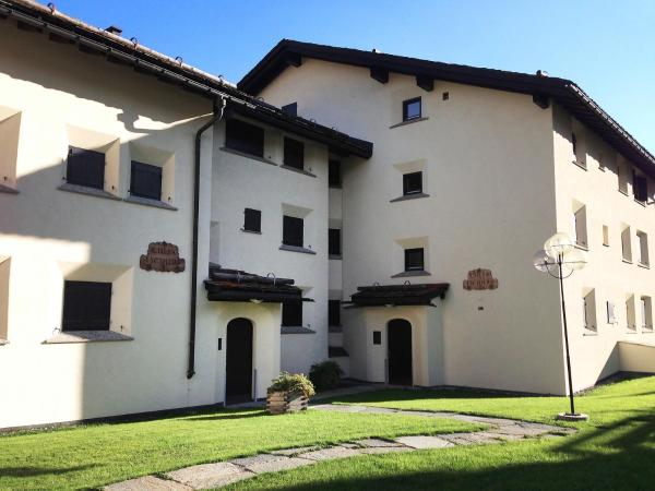 Hotel Pictures: Apartment Chesa Tschierv II 35, Celerina