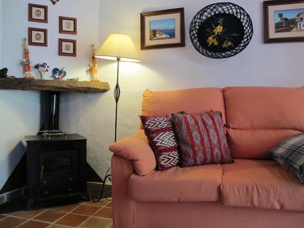 Hotel Pictures: Farm Stay Landhaus Birgit 1, Santiago del Teide
