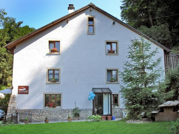 Hotel Pictures: Farm Stay Les Galets, Coeuve