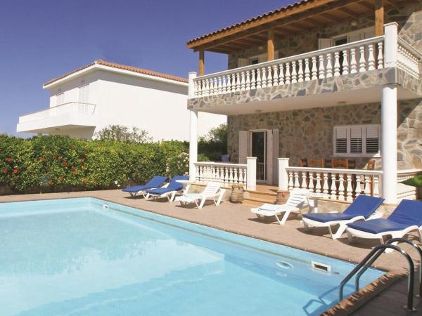 Hotel Pictures: Villa KPLEF3, Paralimni