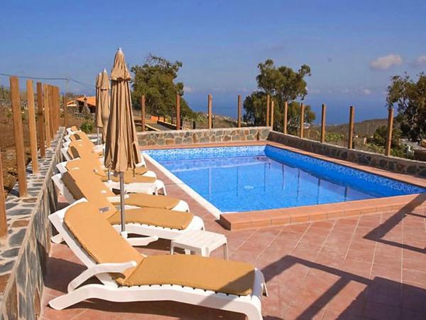 Hotel Pictures: Holiday Home Casa Cumbres, Huertas del Palmar