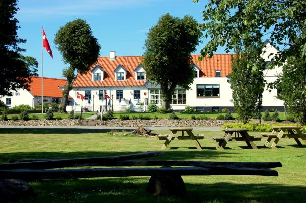 Hotel Pictures: Sevel Kro, Vinderup