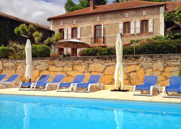 Hotel Pictures: Le Couloumé Pyrenees B&B, Loudet