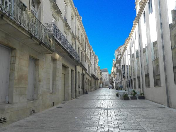 Hotel Pictures: Apartment Grimaux.4, Poitiers