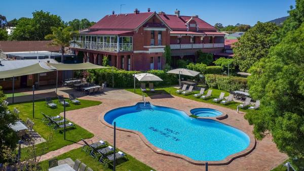 ホテル写真: Alzburg Resort, Mansfield