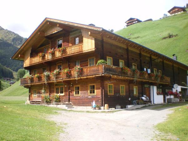 Foto Hotel: Biohof Jenewein, Innervillgraten