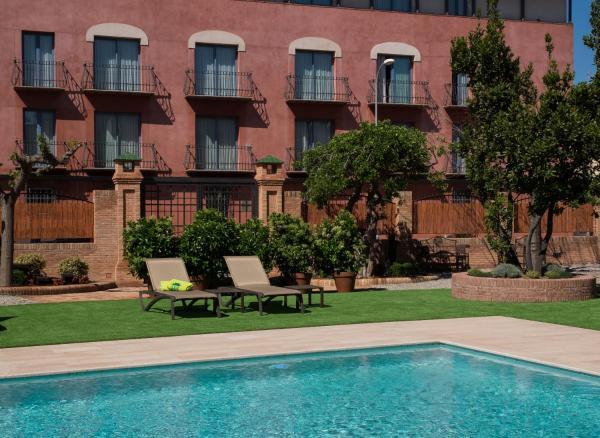 Hotel Pictures: Sant Jordi, Montbrió del Camp