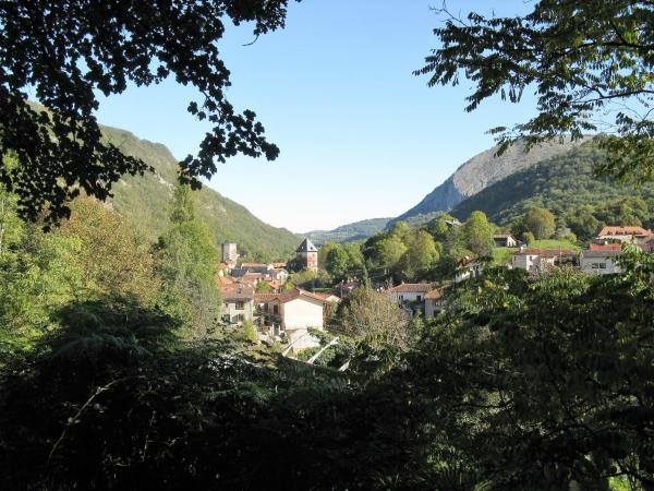Hotel Pictures: La Vieille Ferme, Mauléon-Barousse