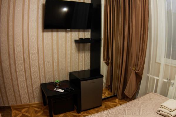 Фотографии отеля: Hotel Day and Night on Profsoyuznoy, Москва