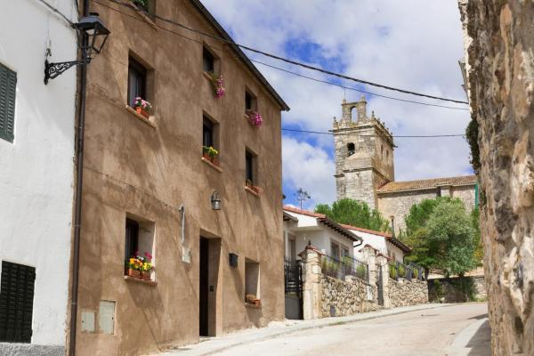 Hotel Pictures: La Besana de Algora, Algora