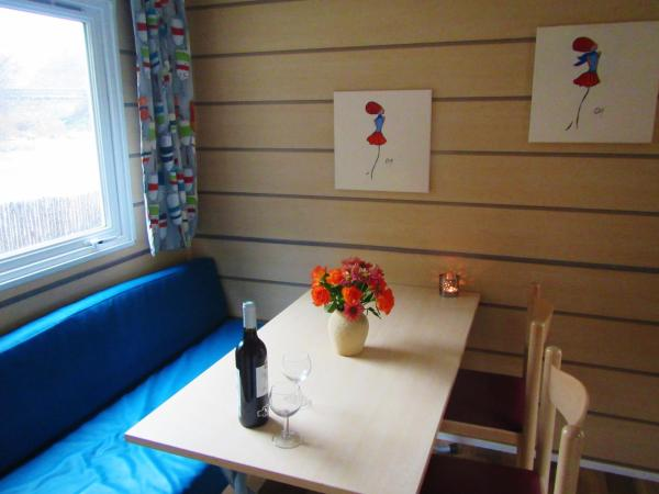 Hotel Pictures: Camping River, Le Martinet