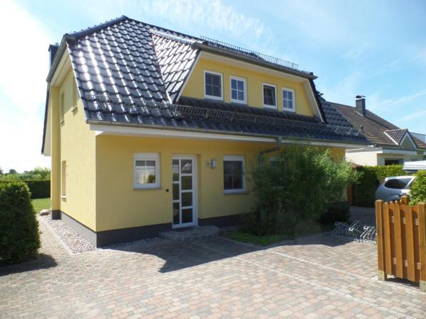 Hotelbilleder: Ferienhaus am Eikboom - DHH2, Ostseebad Karlshagen