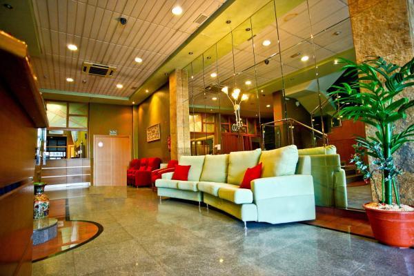 Hotel Pictures: Hotel Pio XII Jumilla, Jumilla
