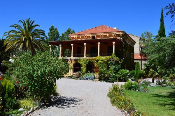 Hotel Pictures: Villa Lafabregue, Prades