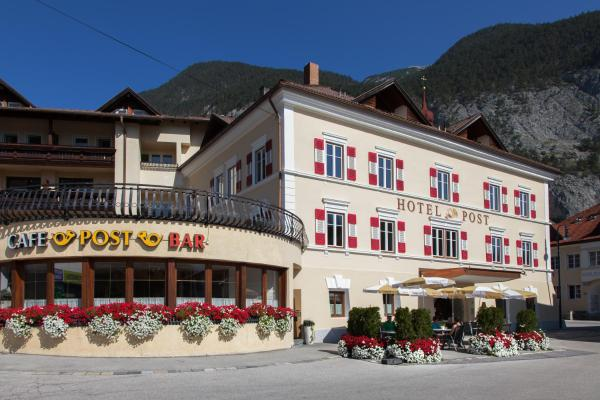 Hotel Pictures: Sterzinger Posthotel, Nassereith