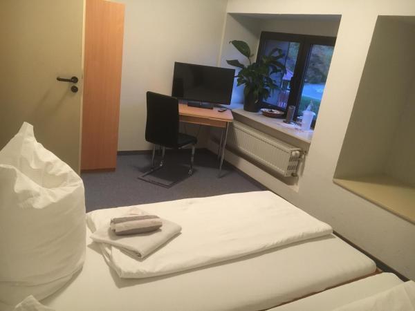 Hotel Pictures: Sternrodt Alm, Bruchhausen