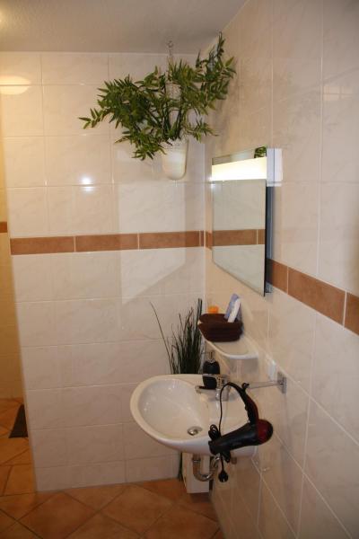 Hotel Pictures: Aust Apartment, Hürth