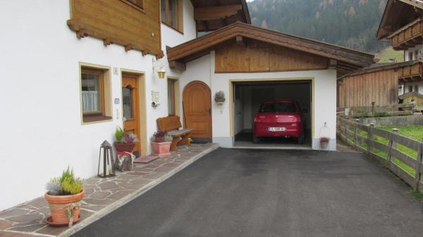 Hotellikuvia: Haus Troger, Milders