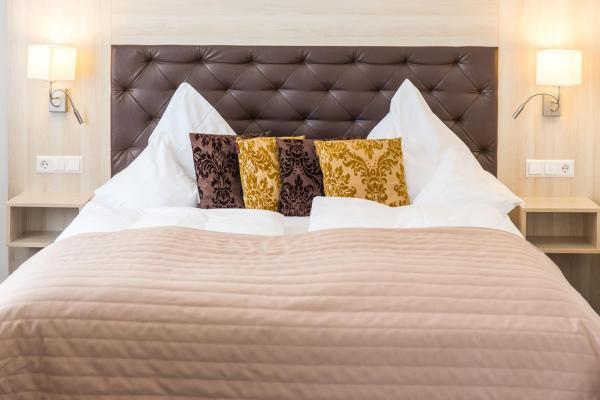 Hotel Pictures: Parkhotel Bilm im Glück, Sehnde