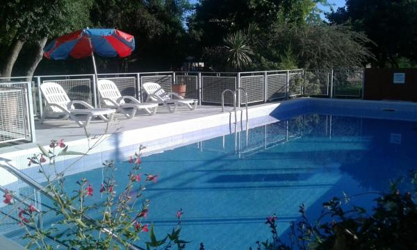 Fotos del hotel: Chalets Kumelen, Merlo