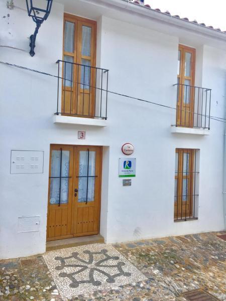 Hotel Pictures: La Cantarera, Linares de la Sierra