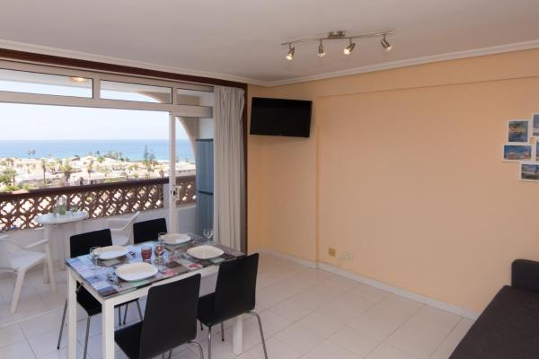 Hotel Pictures: Fewo Gulliver, Palm-mar