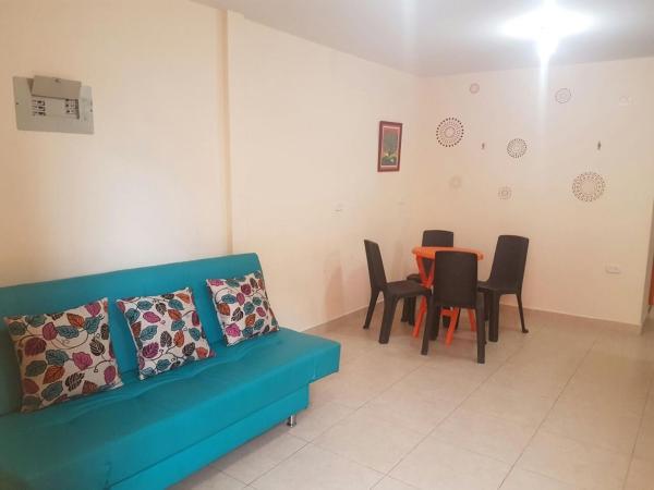 Hotel Pictures: Apartamento Plazoleta de Zocales 2, Guatapé