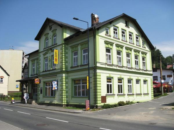 Hotel Pictures: Apartment Desna v Jizerskych horach 3, Desná