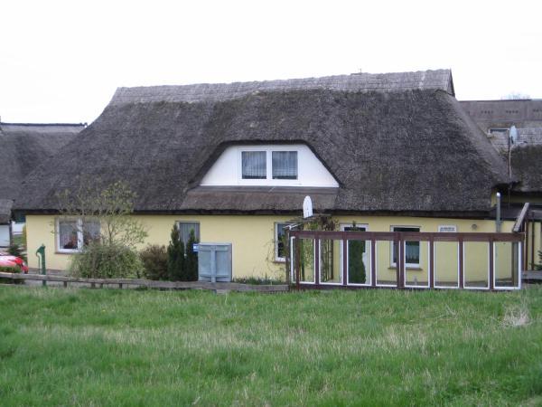 Hotel Pictures: Studio Apartment in Lohme II, Hagen