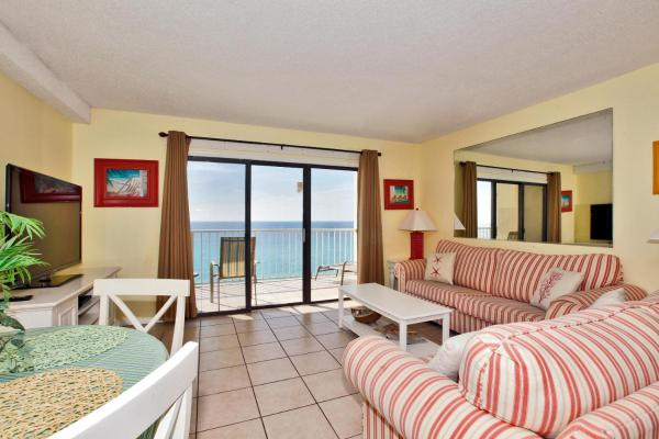 One-Bedroom Apartment with Sea View 1307
