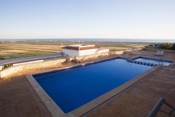 Hotel Pictures: Cima del Mar, Pego
