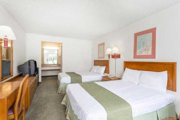 Double Room with Two Double Beds - Non-Smoking2