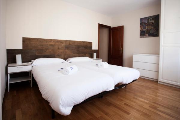 Hotel Pictures: Zelaikua - Basque Stay, Mendaro