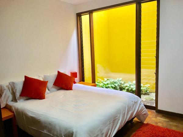 Hotel Pictures: Centro Catalina, La Estrella