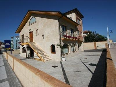 Hotel Pictures: Hostería Isla Cabrera, Suances
