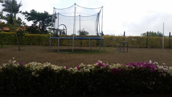 Hotel Pictures: Parcela Marandy, La Granja