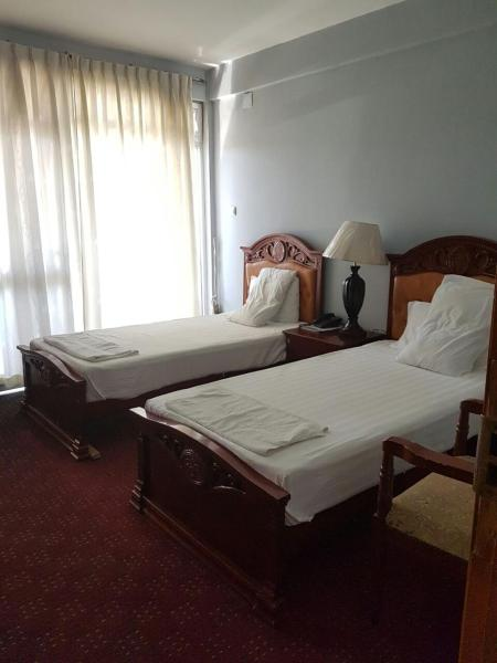 Hotel Pictures: Yina Grand Hotel, Debre Zeyit