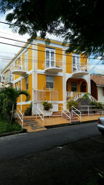 Hotel Pictures: St James Guesthouse, Roseau