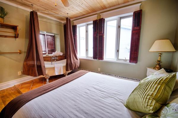 Hotel Pictures: Auberge Le St-André Inn, Terrebonne