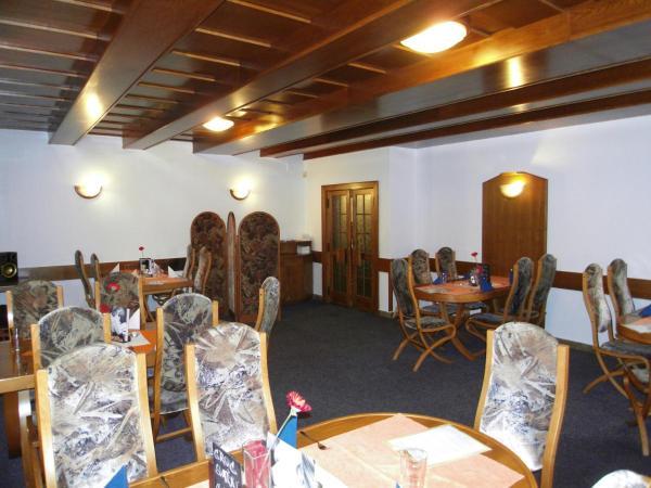 Hotel Pictures: Penzion a restaurace U Veterána, Frenštát pod Radhoštěm
