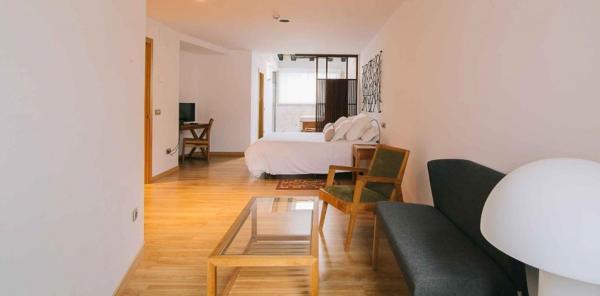 Hotel Pictures: Hotel Quercus Tierra, Garganta de los Montes