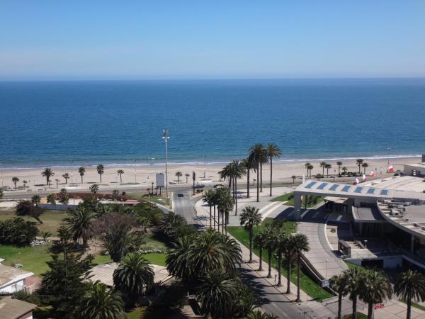 Hotel Pictures: Departamento 193, La Serena