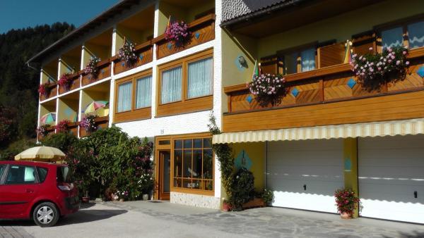 Hotelbilleder: Pension zum Mühlrad, Millstatt
