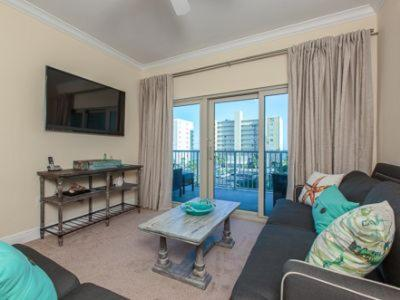 Hotel Pictures: Crystal Tower 303 Apartment, Gulf Shores