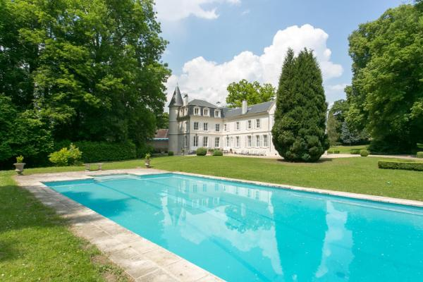 Hotel Pictures: Chateau de Bury, Bury