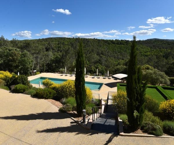 Hotel Pictures: Mercure Brignoles Golf de Barbaroux, Brignoles